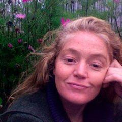 Carole V.