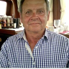 Tom D.