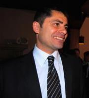 Leopoldo E.