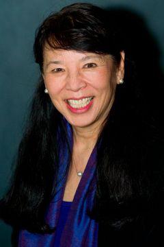 Linda Kubota B.