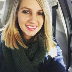 Cassandra De J.