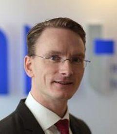 Niels de B.
