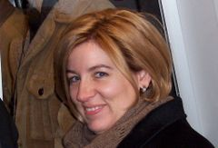 Amanda Larriva D.
