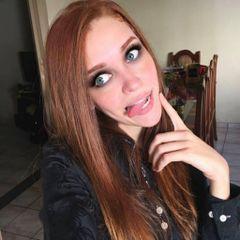 Fernanda R.