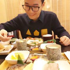 Xudong S.