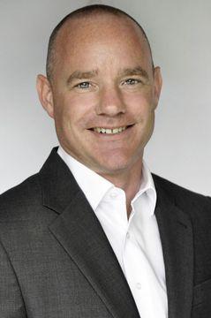 Dr. Tobias A.