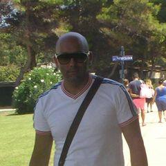 Umberto Tuccillo Parrucchieri T.