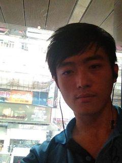 Zhengwen W.