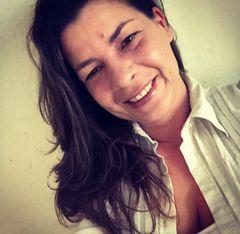 Laura Alcina L.