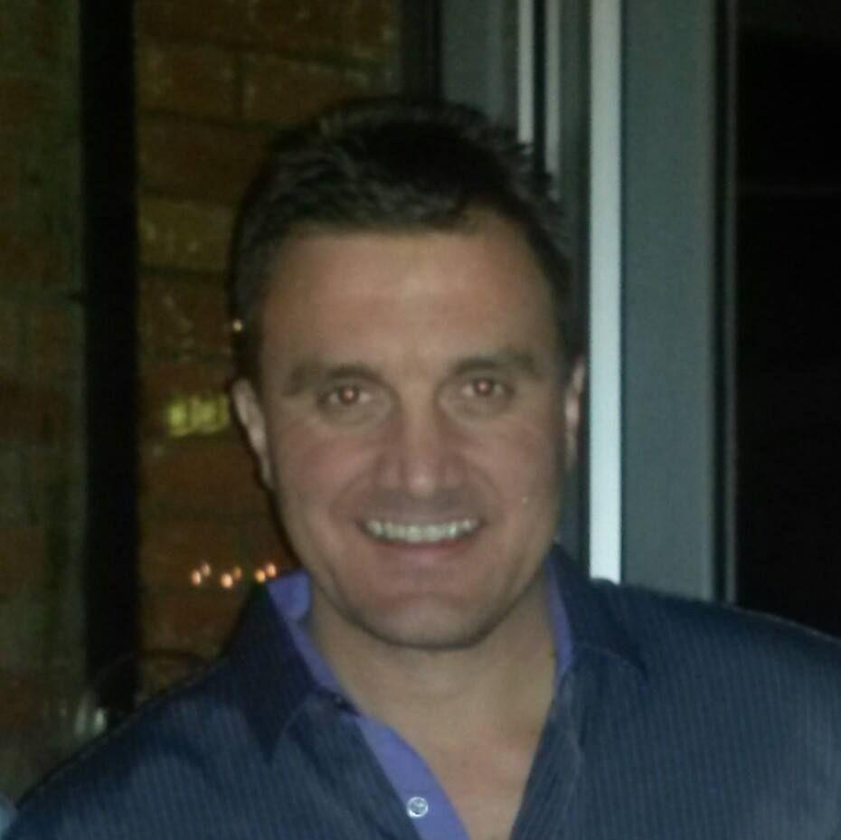 Brad p dating in Perth
