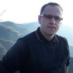 Tomasz W.