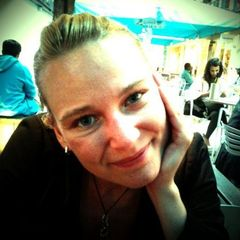 Anke F.