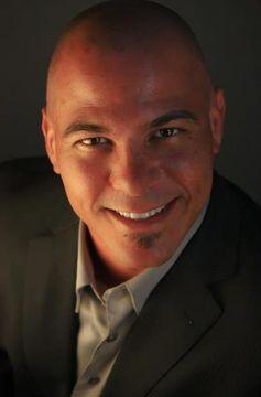 Luis A del M.