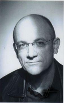 François R.