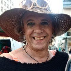 Zoe Catherine R.