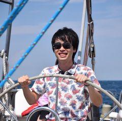 Hironobu T.