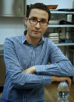 Hamid El Q.