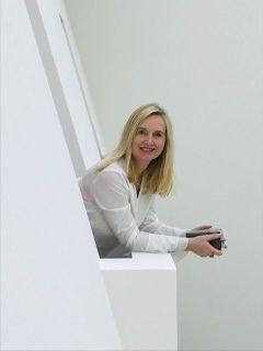 Ilona F.