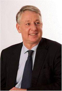 Dr Andrew J.