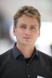 Steffen K.