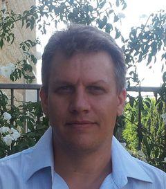 Yaron W.