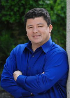 Alejandro Moreno S.