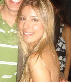 Ana Luiza M.