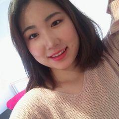 Hyeona S.