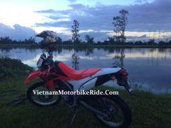Motorcycle R.