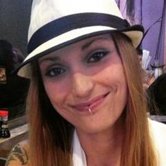 Nicki G.