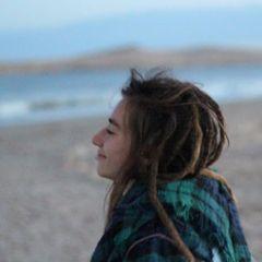 Anna Ruiz F.