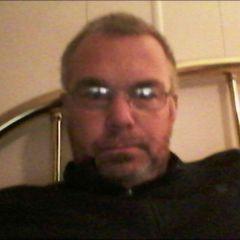 Robert David T.
