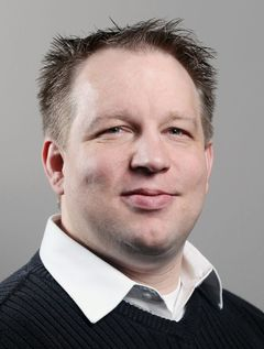 Lars L.