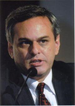 Julio César C. I.