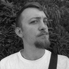 Łukasz K.