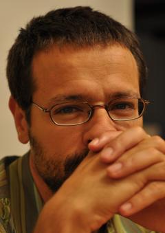 Radu R.
