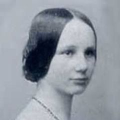 Isabelle Van C.