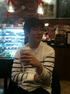 Keun Woo K.