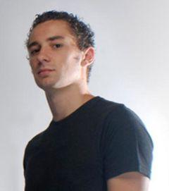 Alex V.