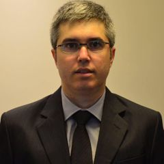 Marcelo V.