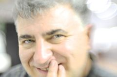 Flavio R.