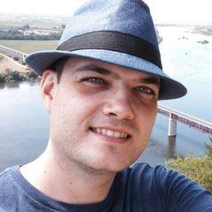 Pablo González D.
