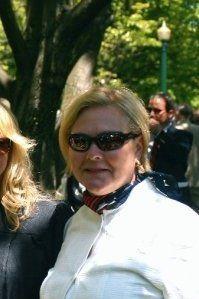 Linda Jonas S.