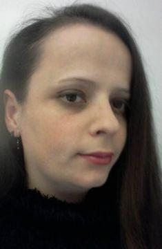 Anne-Laure R.
