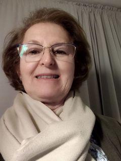 M. Carmen Pérez de L.
