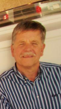 Lee R.