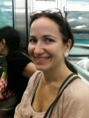 Ariane Leanza H.