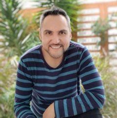 Rigoberto Paredes A.