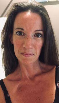 Emmanuelle B.