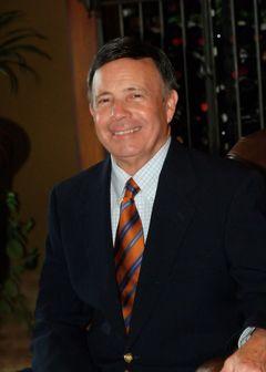 Zeke  V.